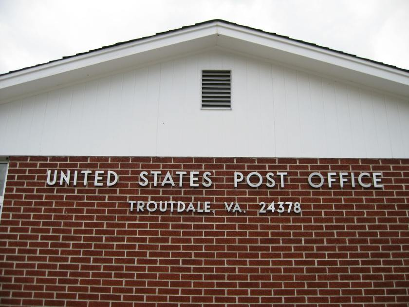 Troutdale-VA-Post-Office-24378-P2
